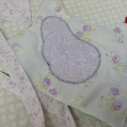Chicken tea cozy- cover over lining