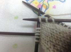 pull yarn tight after knitting 2nd stitch