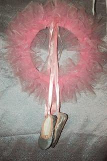 Ballerina wreath