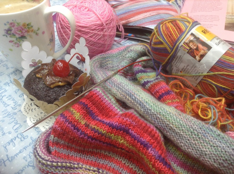 Knitting, coffee and cupcakes